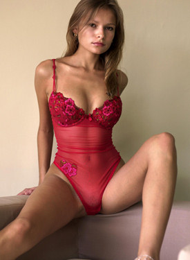 Perfect body hottie in sexy red lingerie