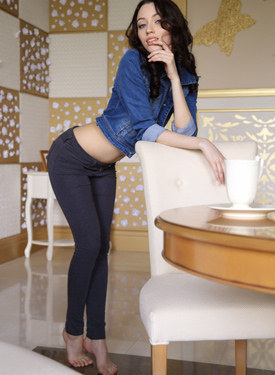 Puffy nipples brunette dressed in tight jeans outfit