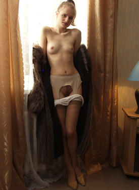 Hairy pussy girl in fur and stockings
